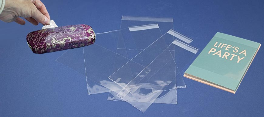 custom-cellophane-sheets-and-sleeves